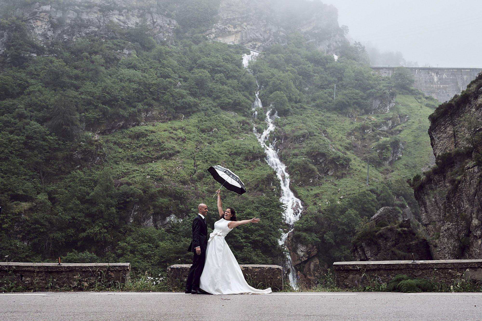 Post boda en la presa de La Cohilla