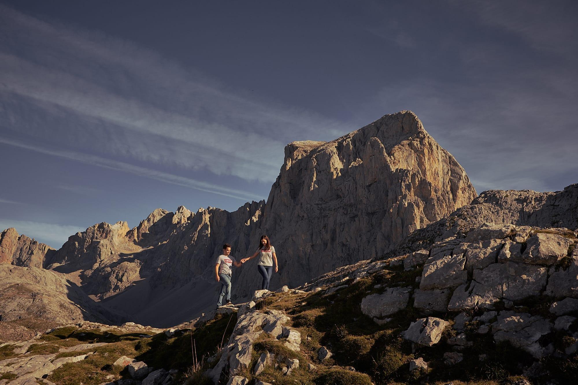 preboda en picos de europa con mar de nubes