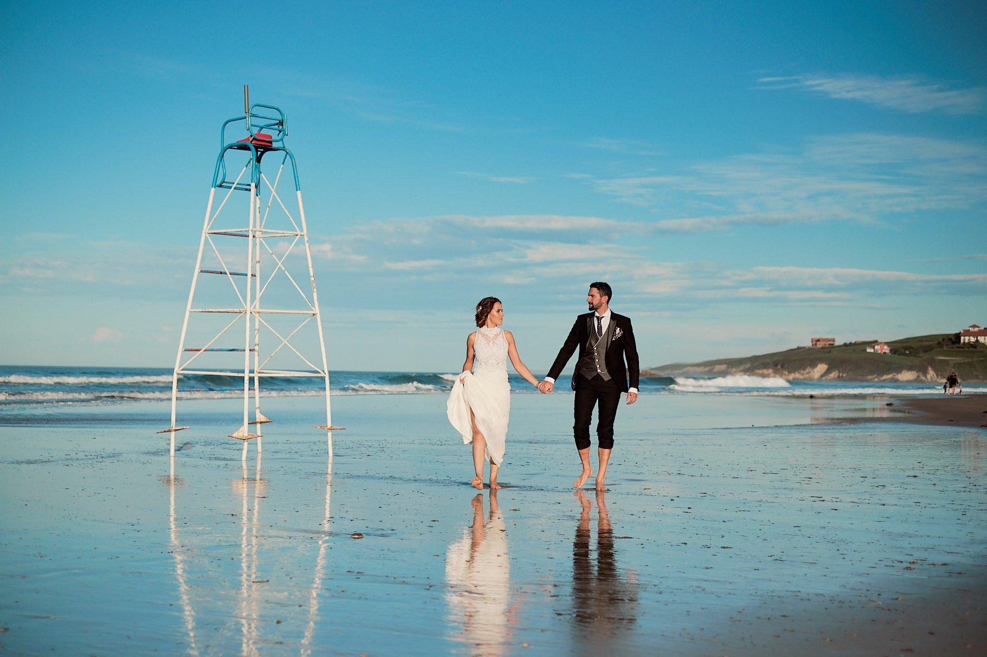 blog de bodas en cantabria, post boda en la playa de San vicente